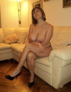 Maman infidele du 59 cherche amant TTBM discret