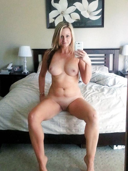 Rencontre infidele dans le 43 avec femme mature sexy