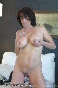 Rencontrez une épouse infidèle du 59